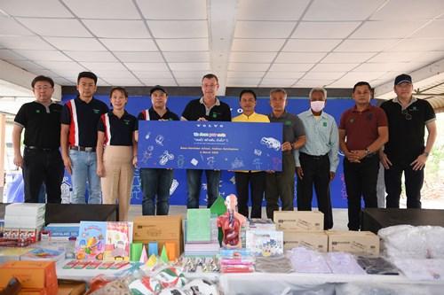 วอลโว่ คาร์ ประเทศไทย ร่วมกับพันธมิตรและมูลนิธิกระจกเงา จัดกิจกรรมเพื่อสังคมที่โรงเรียนบ้านโนนตาเถร นครราชสีมา