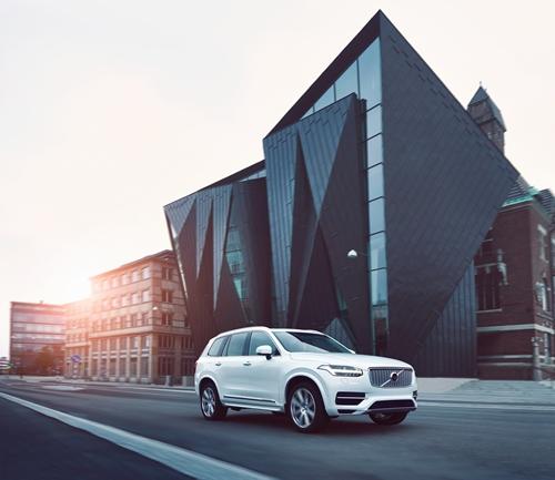 Volvo XC90 T8 Twin Engine AWD Inscription (SKD) ขุมพลัง 407 แรงม้า เปิดตัวในราคา 4.89 ล้านบาท