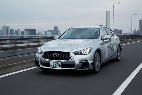 นิสสันปล่อยยานยนต์ขับขี่อัตโนมัติโลดแล่นบนถนนในโตเกียว